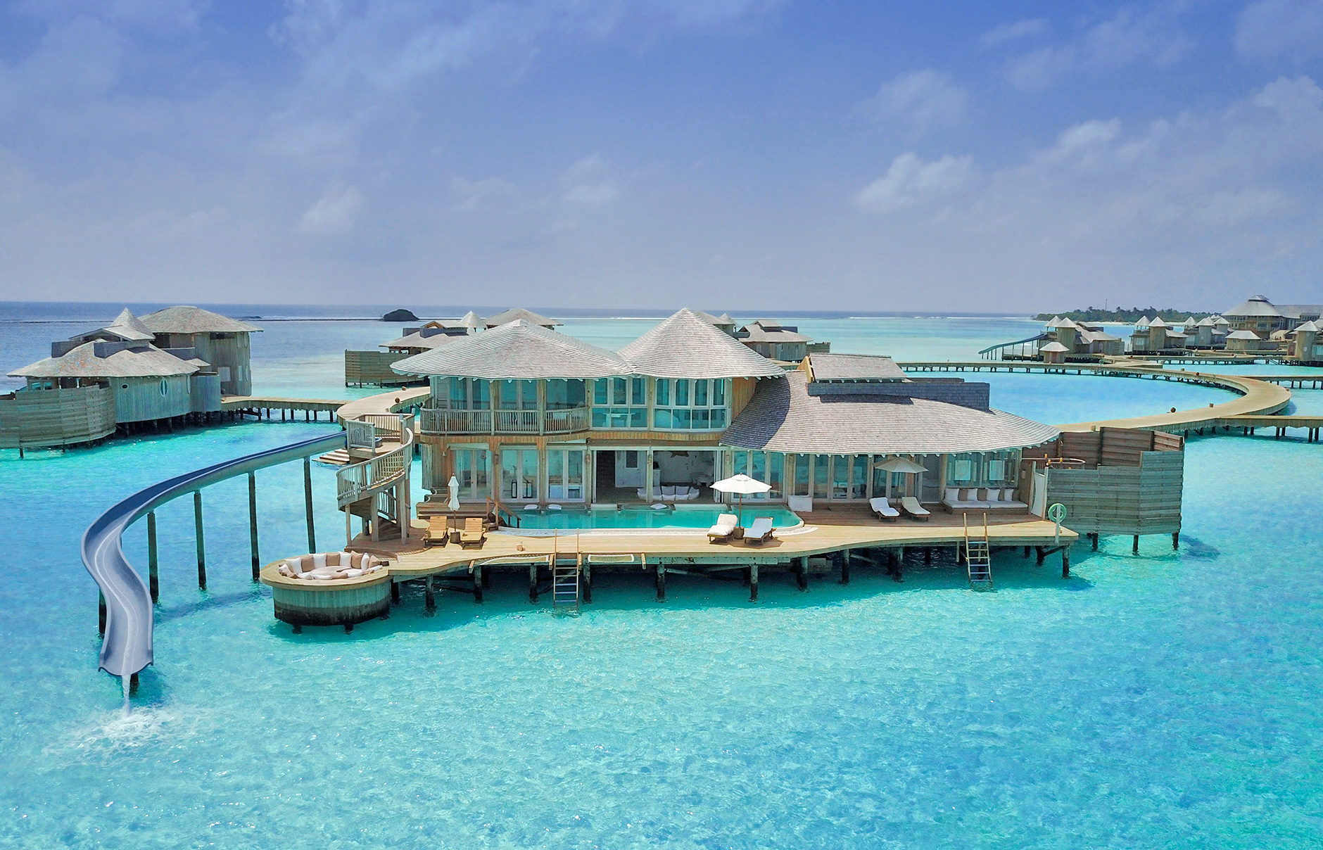 Most romantic hotels to add to bucket list in maldives for Intimate hotel